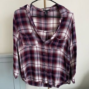 Forever 21 Red Plaid Light Flannel Size Small